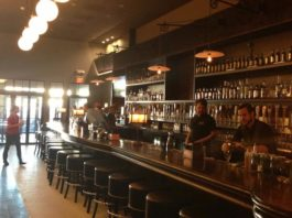 local-pour-river-oaks-houston-beer-bar