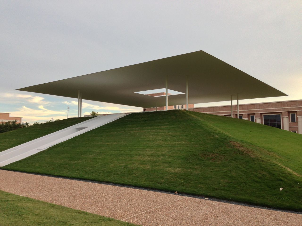 james turrell skyspace rice university 365 things to do in houston. Black Bedroom Furniture Sets. Home Design Ideas