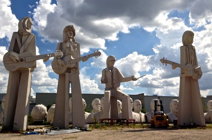 Houston Beatles Statues Amp President Heads 365 Things To