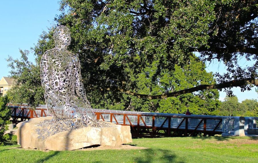 tolerance-statues-houston-address-allen-parkway-jaume-plensa-rosemont-bridge