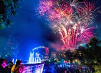 woodlands-fireworks-labor-day-weekend-waterway-square