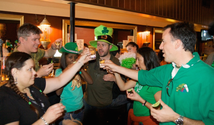 st-patricks-day-pub-crawl-houston-2015