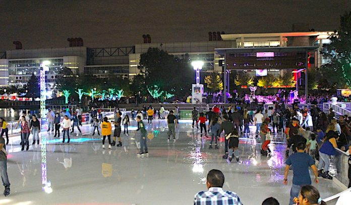 ice-skating-downtown-houston-winter-2016-2016