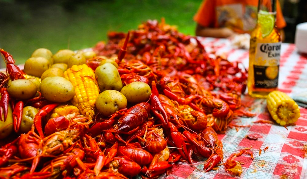 50-best-things-to-do-in-houston-texas-crawfish
