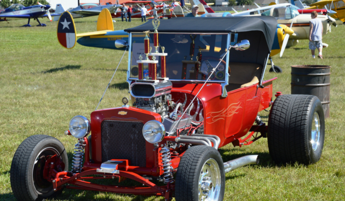 antique-airplane-car-show-la-porte-125
