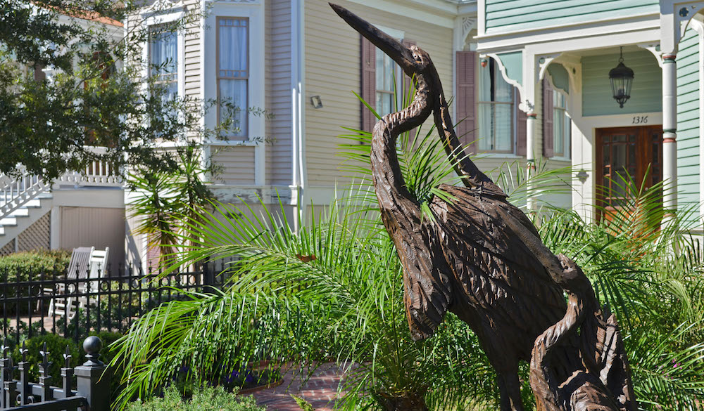 galveston-wood-sculptures-Two Crested Herons on Ball Street