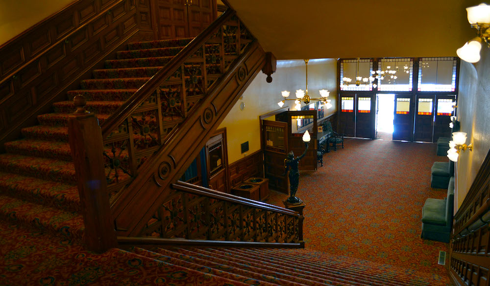 The first floor entrance lobby at The Grand 1894 Opera House