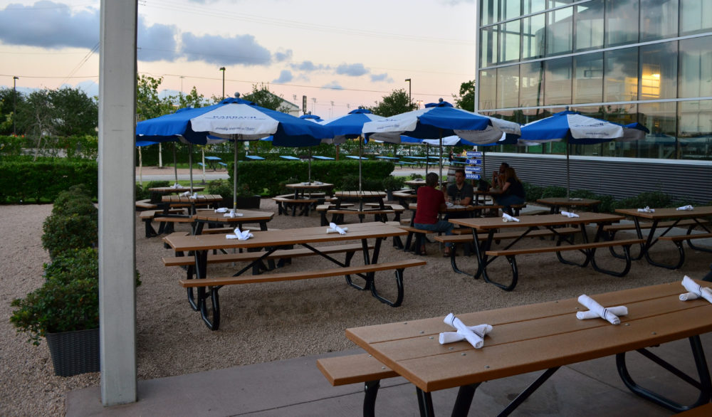 patio-karbach-brewing-company-houston-brewery-spotlight