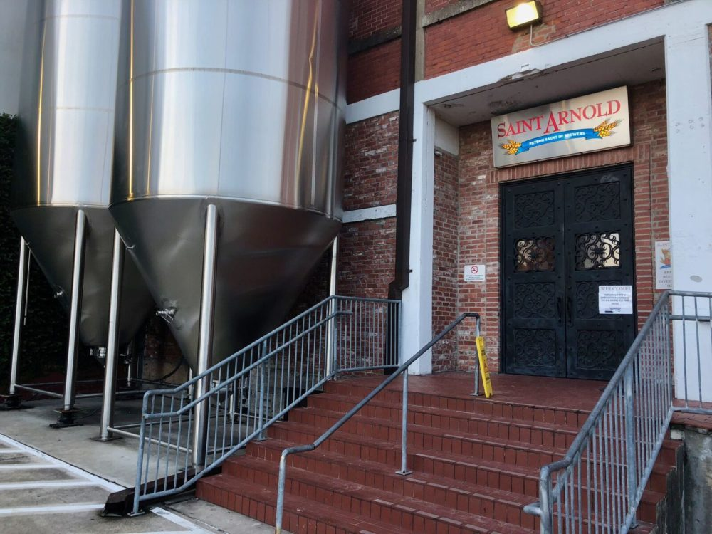 brewery-spotlight-saint-arnold-brewing-company-beer-hall