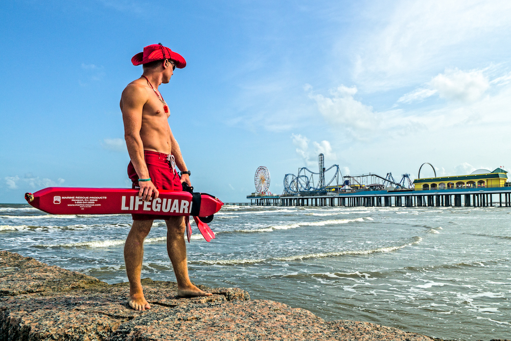 find-your-beach-galveston-island-stewart-beach-lifeguard