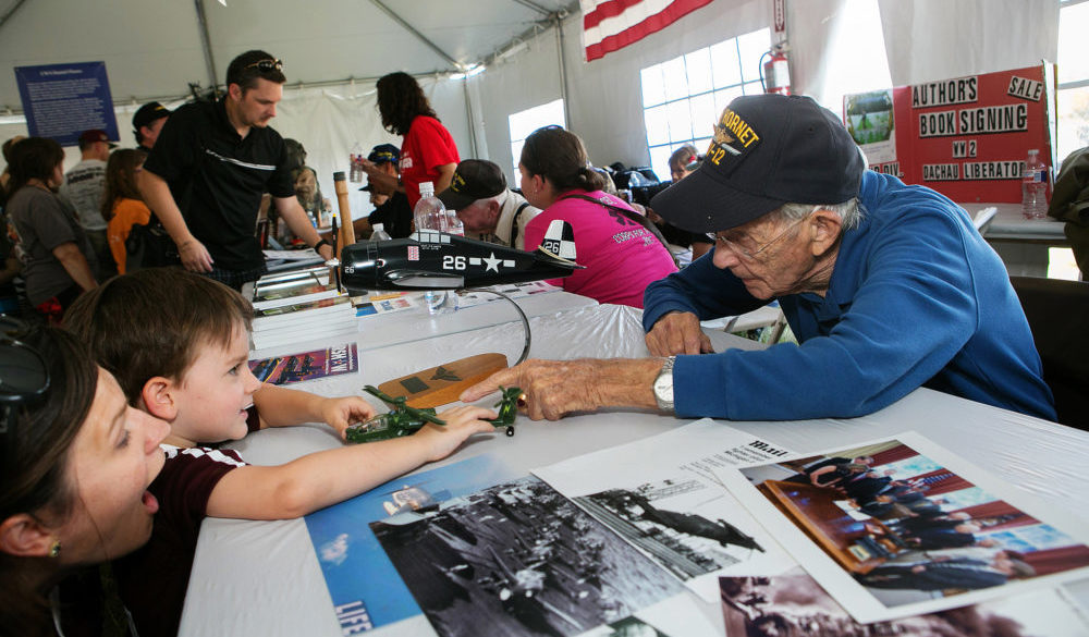 wings-over-houston-airshow-2018-ellington-airport-heroes-and-legends