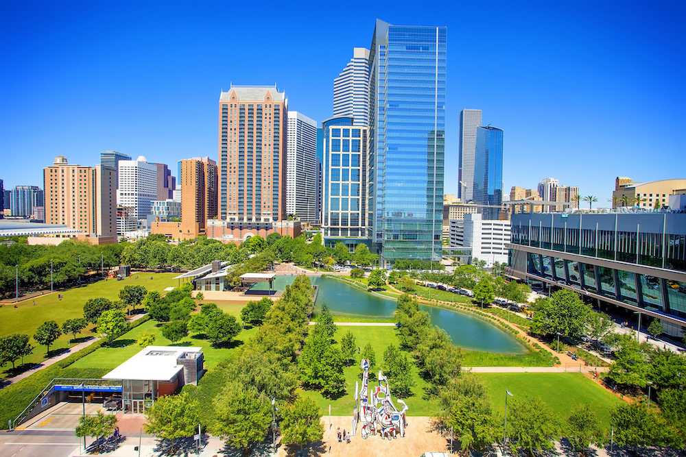 50-best-things-to-do-in-houston-texas-discovery-green-avenida-houston