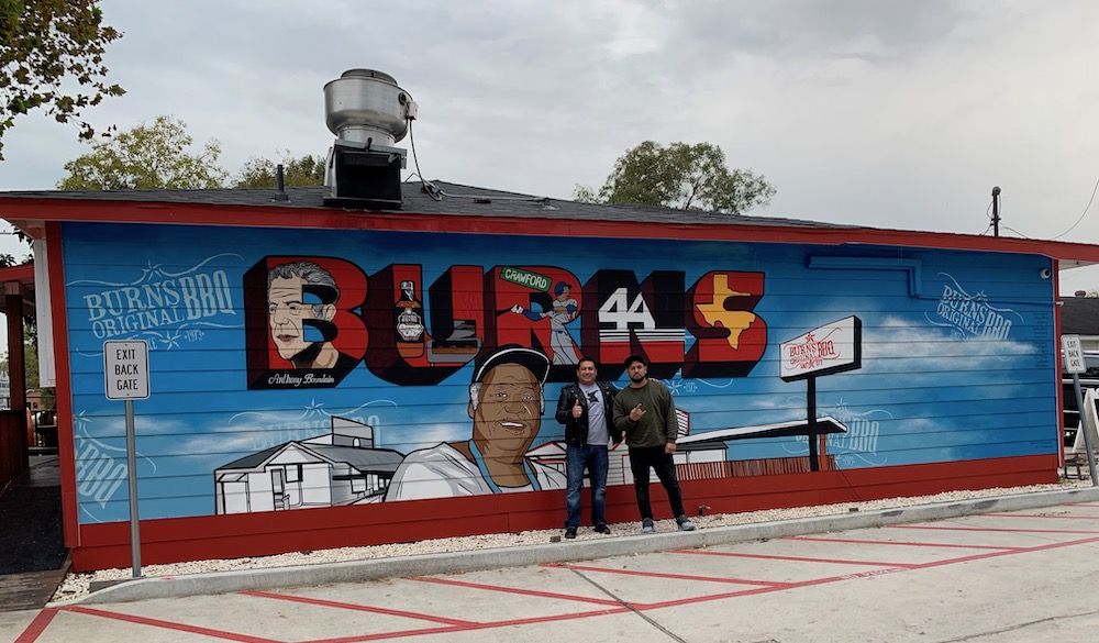 anthony-bourdain-burns-original-bbq-houston-2