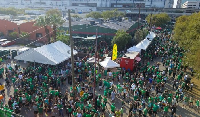 st-patricks-day-festival-2019-at-luckys-pub-downtown