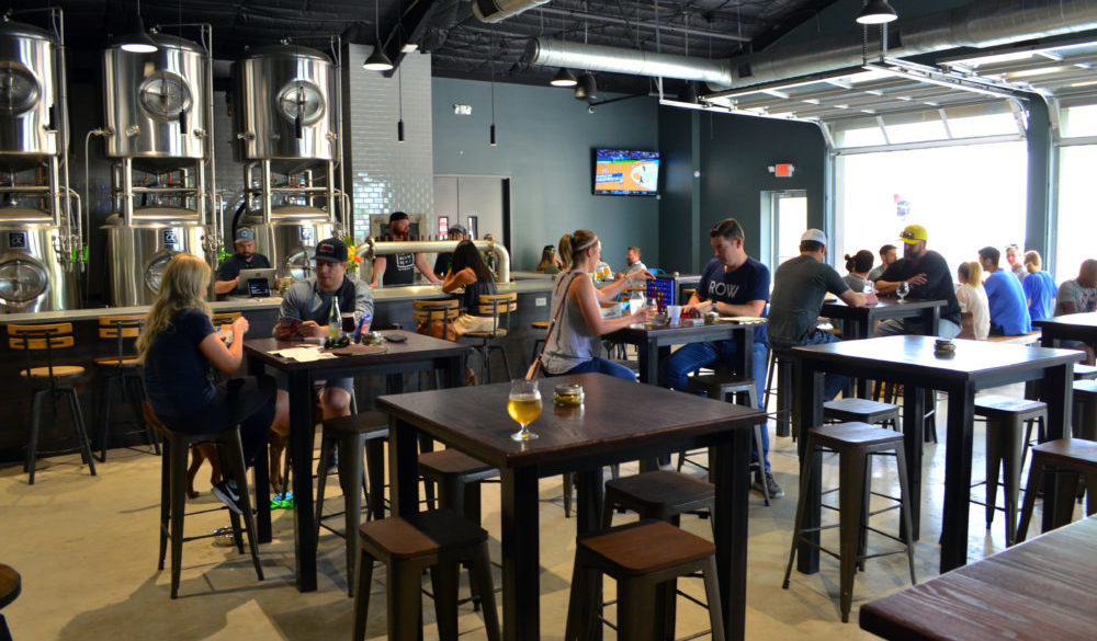 brewery-spotlight-true-anomaly-brewing-company-houston-interior-2