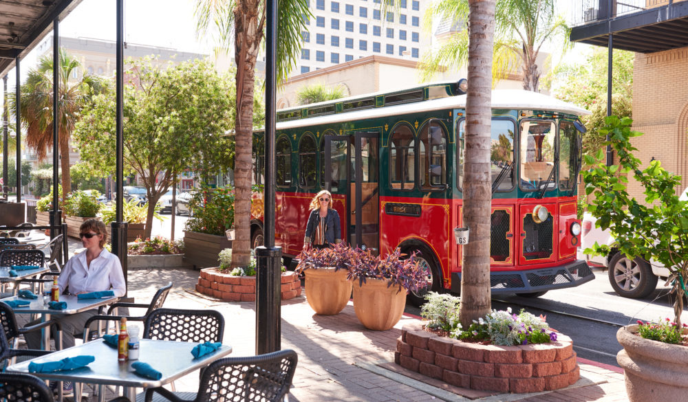 family-friendly-fun-attractions-museums-beach-galveston-island-2019-trolley