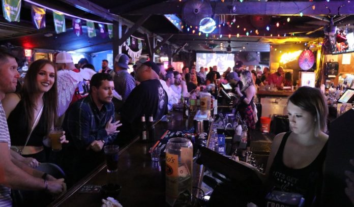 best-bars-in-spring-houston-nightlife