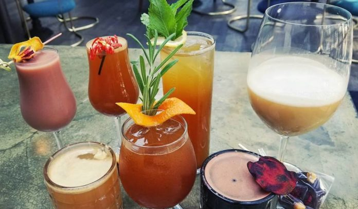where-to-happy-hour-in-midtown-houston