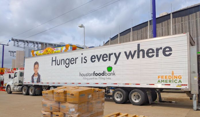 free-curbside-pickup-food-distribution-houston-food-bank-hisd